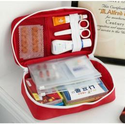 Медицинская сумочка для путешествий семейная